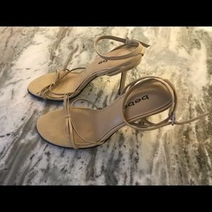 Bebe light tan stiletto heel with bow